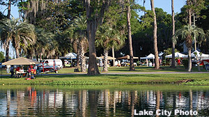 The new weekly Lake DeSoto Farmers Market opened last Saturday with a